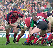 2004/05 Heineken_Cup, NEC,Harlequins vs Munster, RFU Twickenham,ENGLAND:.Munster's, No.8  Antony Foley, breaks, from the back of the scrum...Photo  Peter Spurrier. .email images@intersport-images.com...