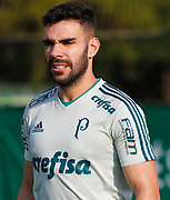 30.04.2018 - SÃO PAULO, SP -  O jogador Bruno durante o treino do Palmeiras no CT da Barra Funda na zona oeste de São Paulo na tarde desta segunda-feira 30 ( Foto: MARCELO D.SANTS / FRAMEPHOTO )