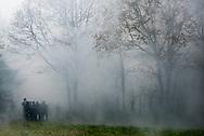 © Benjamin Girette / IP3 PRESS : le 23 Novembre 2012 - les forces de police affrontent les occupants de la ZAD lors d'une  operation d'evacuation  - Dans la ZAD (Zone a Defendre) - Territoire prévu pour le projet d'aeroport - a proximité de Notre Dame des Landes.
