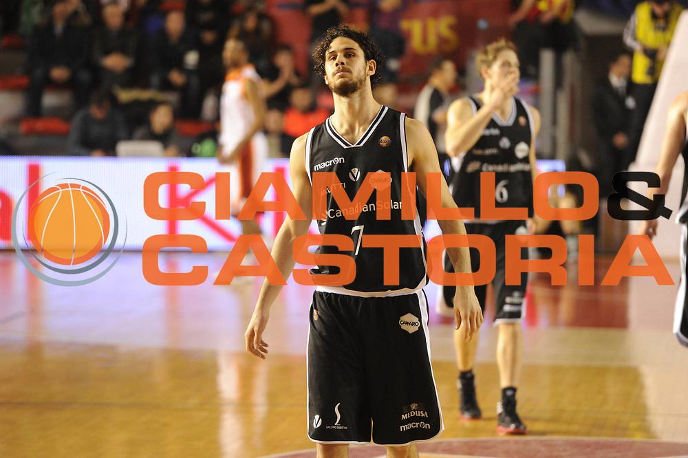 DESCRIZIONE : Roma Campionato Lega A 2011-12 Acea Roma Canadian Solar Bologna<br /> GIOCATORE : Luca Vitali<br /> CATEGORIA : delusione<br /> SQUADRA : Canadian Solar Bologna<br /> EVENTO : Campionato Lega A 2011-2012<br /> GARA : Acea Roma Canadian Solar Bologna<br /> DATA : 21/01/2012<br /> SPORT : Pallacanestro<br /> AUTORE : Agenzia Ciamillo-Castoria/GiulioCiamillo<br /> Galleria : Lega Basket A 2011-2012<br /> Fotonotizia : Roma Campionato Lega A 2011-12 Acea Roma Canadian Solar Bologna<br /> Predefinita :