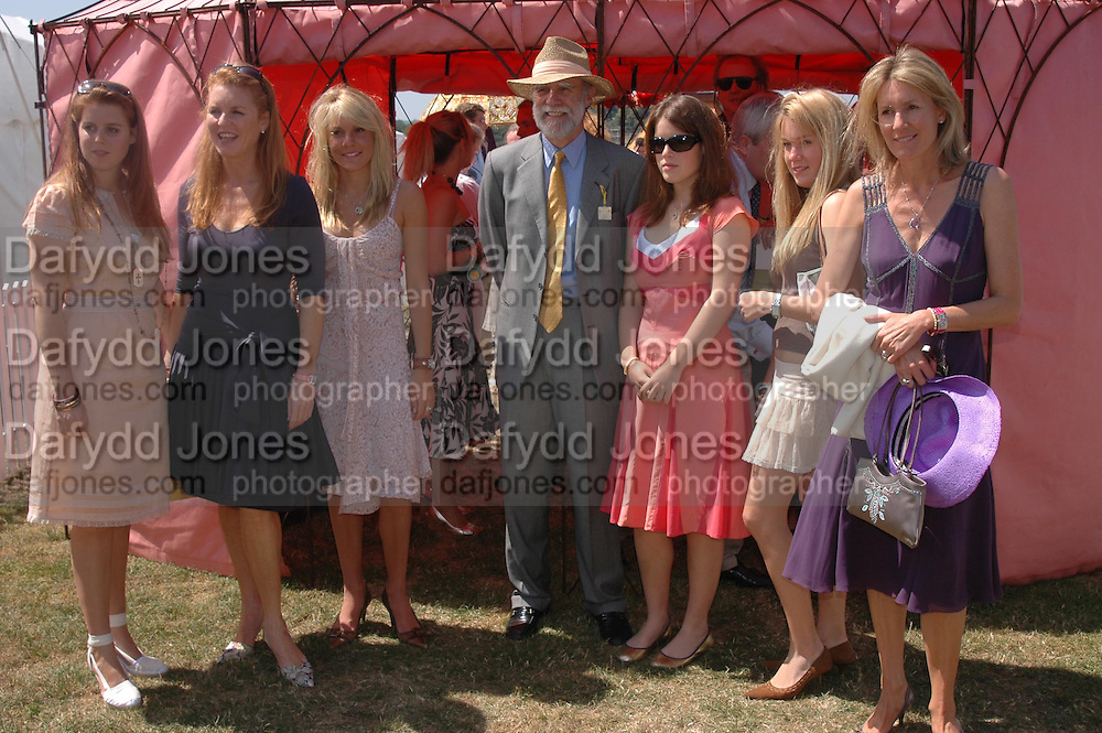 Princess Beatrice,  the The Duchess of York, Emily Pearson,  Viscount Cowdray, Princess Eugenie, Catriona Pearson and Viscountess Cowdray. Veuve Clicquot Gold Cup Final at Cowdray Park. Midhurst. 17 July 2005. ONE TIME USE ONLY - DO NOT ARCHIVE  © Copyright Photograph by Dafydd Jones 66 Stockwell Park Rd. London SW9 0DA Tel 020 7733 0108 www.dafjones.com