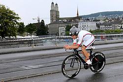 27.07.2014, Zürich, SUI, Ironman Zuerich 2014, im Bild Reto Stutz (SUI) // during the Zurich 2014 Ironman, Switzerland on 2014/07/27. EXPA Pictures © 2014, PhotoCredit: EXPA/ Freshfocus/ Claude Diderich<br /> <br /> *****ATTENTION - for AUT, SLO, CRO, SRB, BIH, MAZ only*****