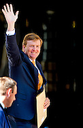"THE HAGUE - King Willem Alexander arrives at the Noordeinde Palace for the ""appetjes van Oranje "" COPYRIGHT ROBIN UTRECHT"
