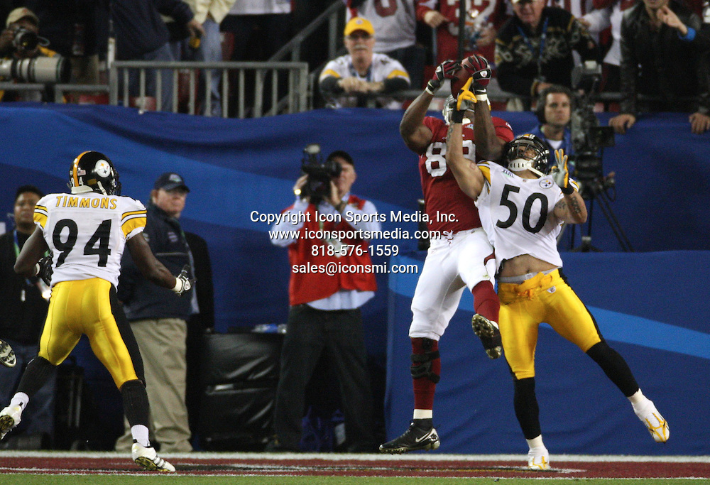 Feb 01, 2009 - Tampa, Florida, USA - Ben Patrick(89) catches a touchdown pass over Larry Foote (50) in the second quarter..Super Bowl XLIII between the Arizona Cardinals and the Pittsburgh Steelers on February 1, 2009 at Raymond James Stadium
