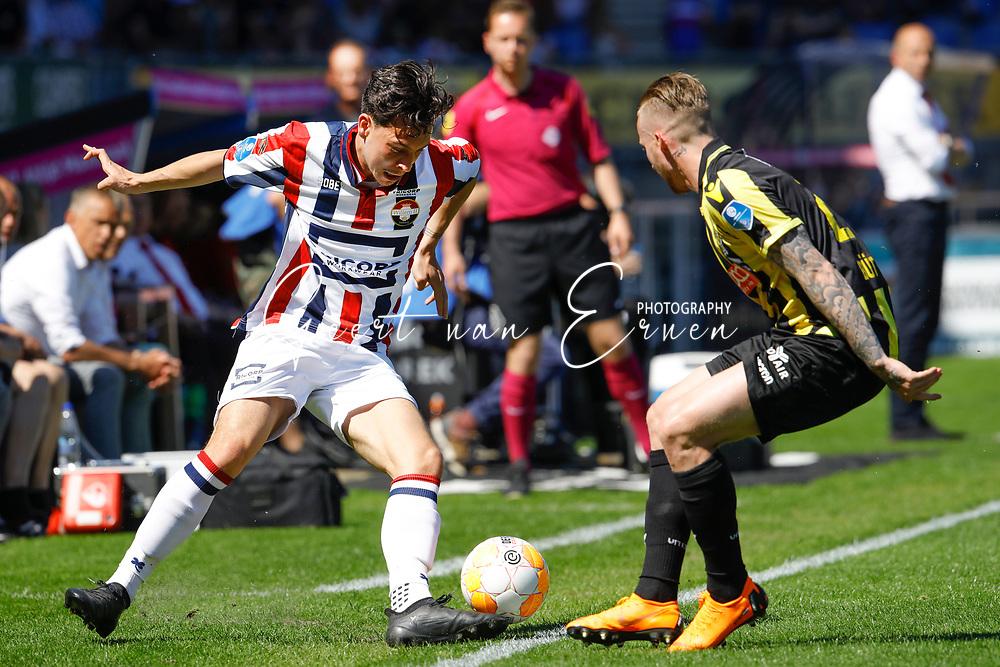 *Alexander Buttner* of Vitesse, *Tom Haye* of Willem II