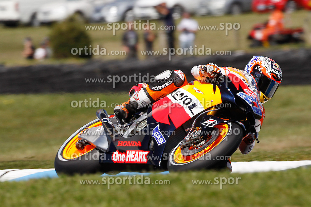 14.10.2011, Phillip Island, Cowes, AUS, MotoGP, Iveco Australian Gran Prix, Qualifikation, im Bild Casey Stoner - Repsol Honda team // during IVECO AUSTRALIAN GRAN PRIX qualifying at Philip Island, Cowes, AUS on 14/10/2011. EXPA Pictures © 2011, PhotoCredit: EXPA/ InsideFoto/ Semedia +++++ ATTENTION - FOR AUSTRIA/(AUT), SLOVENIA/(SLO), SERBIA/(SRB), CROATIA/(CRO), SWISS/(SUI) and SWEDEN/(SWE) CLIENT ONLY +++++