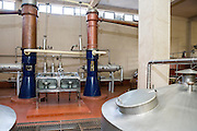 Whiskytillverkning hos John Paul Brewery, Goa, India