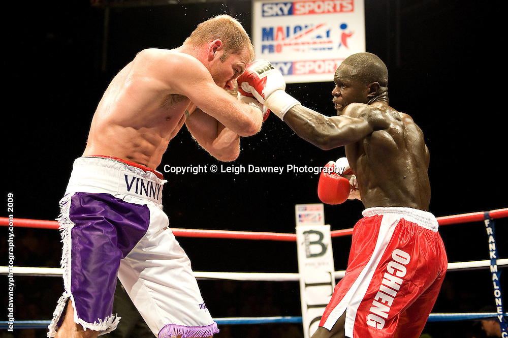 Erick Ochieng defeats Matt Scriven at the Brentwood Centre UK on 11th September 2009 Promoter Frank Maloney. Credit: ©Leigh Dawney Photography