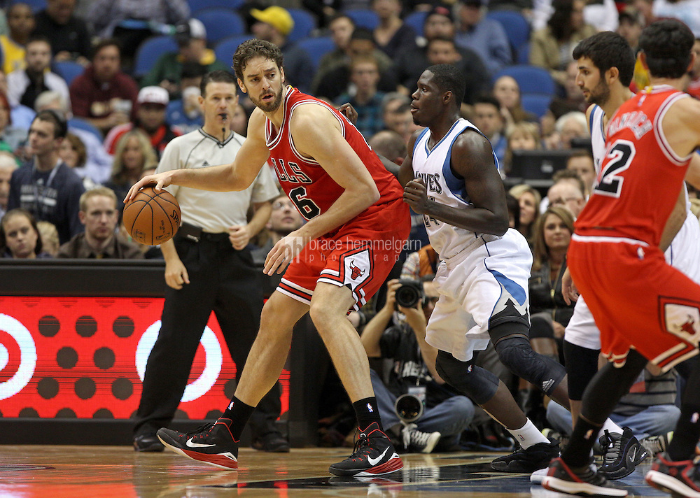 Nov 1, 2014; Minneapolis, MN, USA; Chicago Bulls forward Pau Gasol (16) against the Minnesota Timberwolves at Target Center. The Bulls defeated the Timberwolves 106-105. Mandatory Credit: Brace Hemmelgarn-USA TODAY Sports