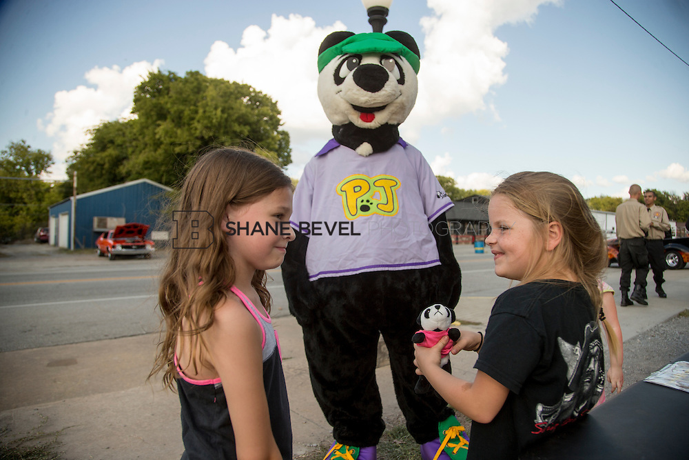 9/24/16 4:20:39 PM --  PJ Panda appears at a car show in Locust Grove for Children's Miracle Network. <br /> <br /> Photo by Shane Bevel