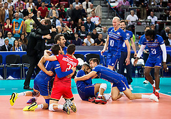 17-10-2015 BUL: Volleyball European Championship Frankrijk - Bulgarije, Sofia<br /> Semifinal in Arena Armeec Sofia / Players of France celebrate after winning<br /> Photo: Vid Ponikvar / RHF<br /> +++USE NETHERLANDS ONLY+++