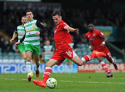 James Berrett of Grimsby Town shoots at goal   - Mandatory by-line: Nizaam Jones/JMP - 29/10/2016/ - FOOTBALL - Hush Park - Yeovil, England - Yeovil Town v Grimsby Town - Sky Bet League Two