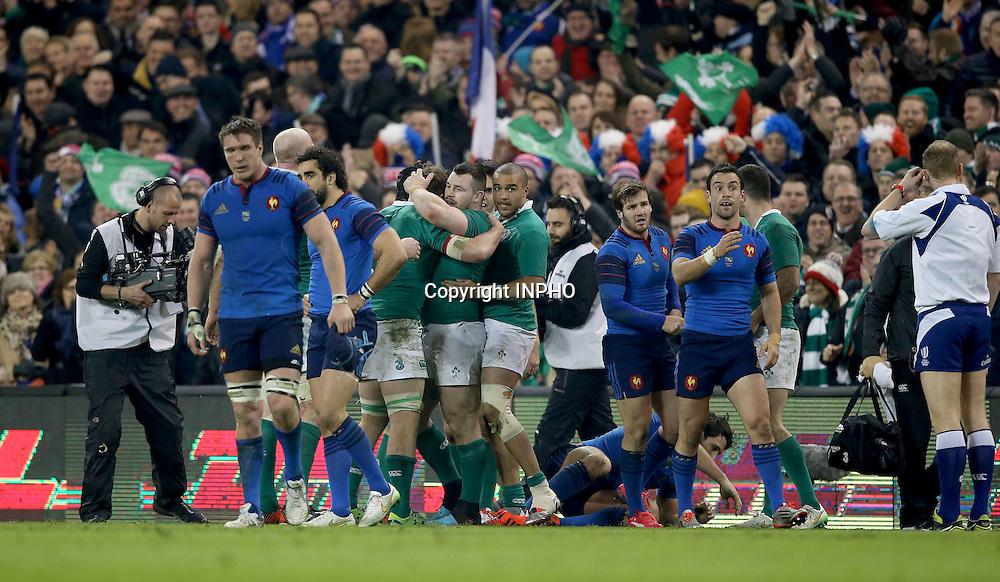 RBS 6 Nations Championship, Aviva Stadium, Dublin 14/2/2015<br /> Ireland vs France <br /> Ireland players celebrate <br /> Mandatory Credit &copy;INPHO/Dan Sheridan