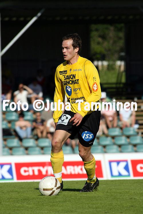 03.06.2007, Kauriala, H?meenlinna, Finland..Ykk?nen 2007 .FC H?meenlinna - Kuopion Palloseura.Jussi Hakasalo - KuPS.©Juha Tamminen.....ARK:k
