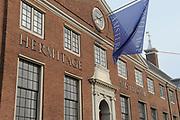 Prins Willem-Alexander heeft in Amsterdam een tentoonstelling over de Russische tsaar Peter de Grote in de Hermitage geopend. De toekomstige koning van Nederland is beschermheer van de Hermitage en een verre nazaat van de Russische tsaar. <br /> <br /> Prince Willem-Alexander in Amsterdam, an exhibition on the Russian Tsar Peter the Great at the Hermitage opened. The future king of the Netherlands is the patron of the Hermitage and a distant descendant of the Russian Tsar.<br /> <br /> Op de foto / On the photo:  Hermitage Amsterdam