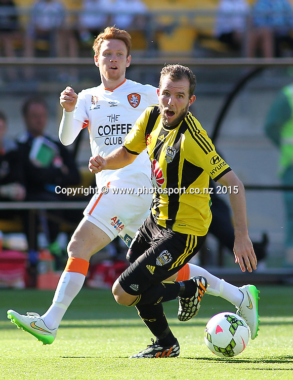 Phoenix' Jeremy Brockie makes a run on goal during the A-League football match between the Wellington Phoenix & Brisbane Roar at Westpac Stadium, Wellington. 4th January 2015. Photo.: Grant Down / www.photosport.co.nz