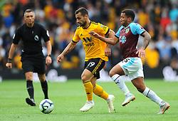 Jonny of Wolverhampton Wanderers competes with Aaron Lennon of Burnley- Mandatory by-line: Nizaam Jones/JMP- 16/09/2018 - FOOTBALL - Molineux - Wolverhampton, England - Wolverhampton Wanderers v Burnley - Premier League