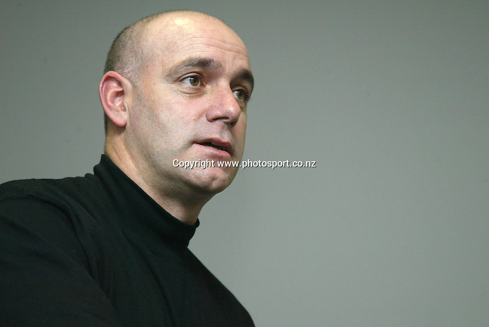 Coach Tab Baldwin at a Tall Blacks press conference at the Spencer on Byron Hotel, Takapuna, Auckland, 16 May, 2002. Photo: Chris Skelton/PHOTOSPORT<br />