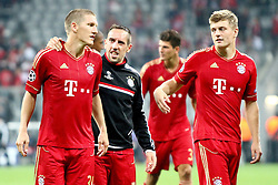 27.09.2011, Allianz Arena, Muenchen, GER, UEFA CL, FC Bayern Muenchen vs Manchester City, im Bild . Bastian Schweinsteiger (Bayern #31) Franck Ribery (Bayern #7) und Toni Kroos (Bayern #39) feiern bei den Fans// during the CL match  FC Bayern Muenchen (GER)  vs Manchester City (ENG) Gruppe A, on 2011/09/27, Allianz Arena, Munich, Germany, EXPA Pictures © 2011, PhotoCredit: EXPA/ nph/  Straubmeier       ****** out of GER / CRO  / BEL ******