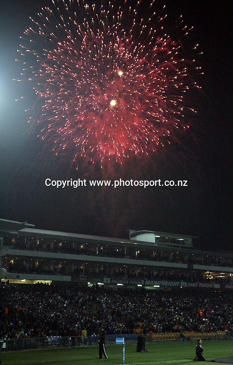 Fire Works explode over Carisbrook for the Tri Nations rugby test match between the All Blacks and South Africa at Carisbrook in Dunedin, New Zealand on Saturday 27 August, 2005. The All Blacks won 31-27. Photo: Andrew Cornaga/PHOTOSPORT<br />