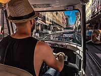 Initialement thailandais, ou ils servaient de taxi, les tuk tuk envahissent Lisbonne.