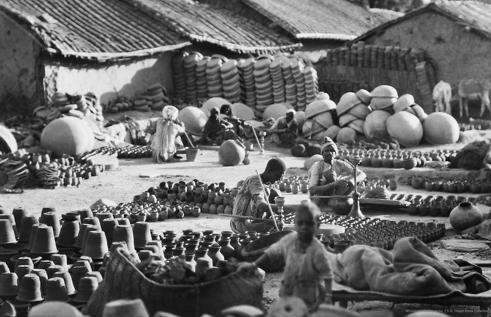 Potters, Delhi, India, 1929