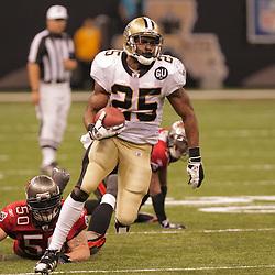 2008 September 7: New Orleans Saints running back Reggie Bush (25) dashes for the endzone after catching a pass from Drew Brees in the fourth quarter against the Tampa Bay Buccaneers at the Louisiana Superdome in New Orleans, LA.  The New Orleans Saints (1-0) defeated the Tampa Bay Buccaneers (0-1) 24-20.