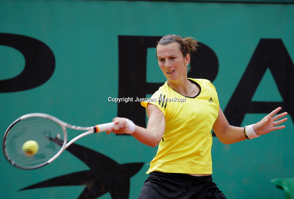 French Open 2009, Roland Garros, Paris, Frankreich,Sport, Tennis, ITF Grand Slam Tournament, <br /> <br /> Kristina Barrois (GER).<br /> <br /> Foto: Juergen Hasenkopf