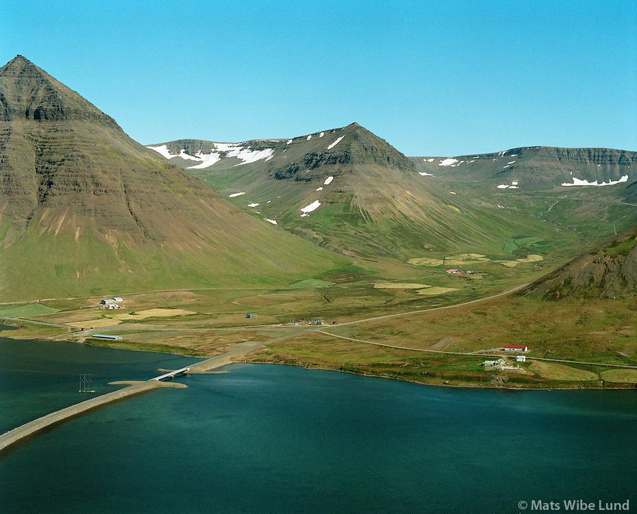 Neðri -Breiðadalur, Fremri-Breiðadalur og Ytri-Veðrará.Flateyrarhreppur og Mosvallahreppur, Önundarfjörður..Nedri-Breidadalur, Fremri-Breidadalur and Ytri-Vedrara.Flateyrarhreppur and Mosvallahreppur, Onundarfjordur.