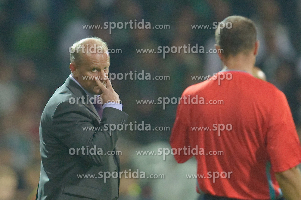 18.08.2010, Weserstadion, Bremen, GER, CL Qualifikation, Werder Bremen vs Sampdoria Genua, im Bild Thomas Schaaf ( Werder  - Trainer  COACH)  EXPA Pictures © 2010, PhotoCredit: EXPA/ nph/  Kokenge+++++ ATTENTION - OUT OF GER +++++ / SPORTIDA PHOTO AGENCY