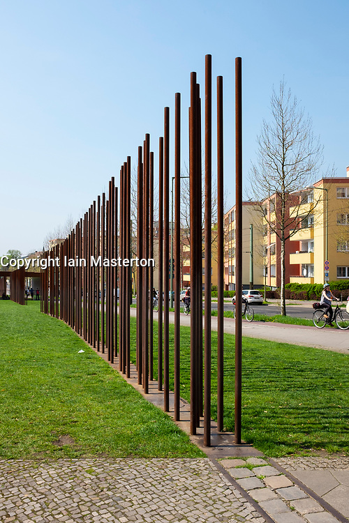 Steel sculpture indicating route  of wall at Berlin Wall Memorial on Bernauer Strasse , Berlin, Germany. The Gedenkstätte Berliner Mauer commemorates the division of Berlin by the Berlin Wall and the deaths that occurred there. The monument was created in 1998 by the Federal Republic of Germany and the Federal State of Berlin.