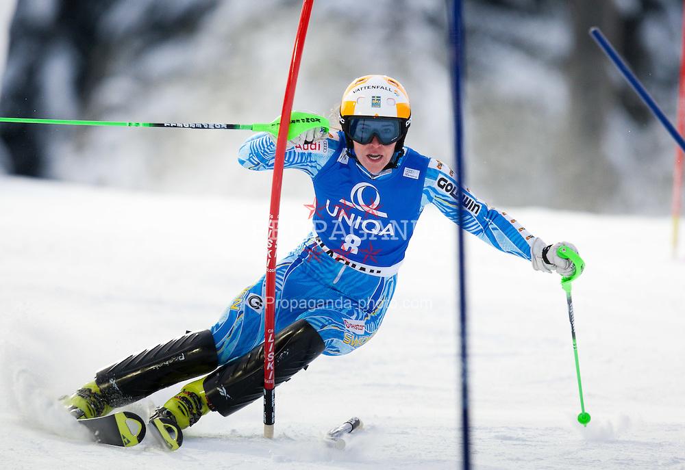 20.12.2011, Hermann Maier Piste, Flachau, AUT, FIS Weltcup Ski Alpin, Damen, Slalom 1. Durchgang, im Bild Therese Borssen (SWE) // Therese Borssen of Sweden during Slalom 1st run at FIS Ski Alpine Worldcup at Hermann Maier Pist in Flachau, Austria on 2011/12/20. EXPA Pictures © 2011, PhotoCredit: EXPA/ Johann Groder