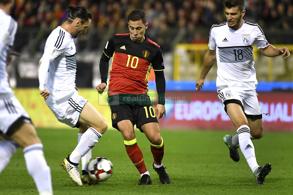October 10, 2017 - Bruxelles, Belgique - Eden Hazard midfielder of Belgium, Kostakis Artymatas midfielder of Cyprus (Credit Image: © Panoramic via ZUMA Press)