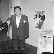 0/08/1960<br /> 08/10/1960<br /> 10 August 1960<br /> Brendan Behan in the guise of Toulouse Lautrec.
