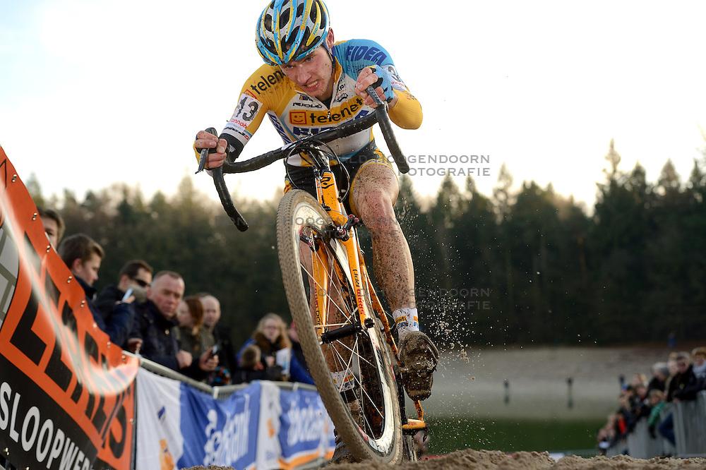 12-01-2014 WIELRENNEN: STANNAH NK CYCLOCROSS: GASSELTE<br /> Corne van Kessel<br /> ©2014-FotoHoogendoorn.nl