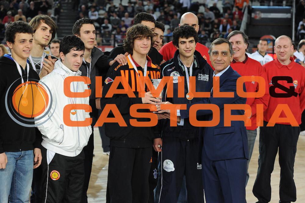 DESCRIZIONE : Roma Lega A 2010-11 Lottomatica Virtus Armani Jeans Milano<br /> GIOCATORE : Toti<br /> SQUADRA : Lottomatica Virtus Roma Armani Jeans Milano<br /> EVENTO : Campionato Lega A 2010-2011 <br /> GARA : Lottomatica Virtus Roma Armani Jeans Milano<br /> DATA : 06/03/2011<br /> CATEGORIA : <br /> SPORT : Pallacanestro <br /> AUTORE : Agenzia Ciamillo-Castoria/GiulioCiamillo<br /> Galleria : Lega Basket A 2010-2011 <br /> Fotonotizia : Roma Lega A 2010-11 Lottomatica Virtus Roma Armani Jeans Milano<br /> Predefinita :