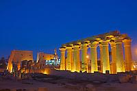 Afrique du Nord, Egypte, Louxor, Temple de Louxor, Patrimoine mondial de l'UNESCO, Vallée du Nil, rive gauche du Nil // Africa, Egypt, Louxor, Temple of Luxor, World Heritage of the UNESCO, east bank of the river Nile