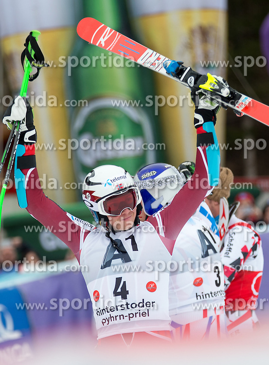 28.02.2016, Hannes Trinkl Rennstrecke, Hinterstoder, AUT, FIS Weltcup Ski Alpin, Hinterstoder, Riesenslalom, Herren, 2. Lauf, im Bild v.l. Henrik Kristoffersen (NOR, 3. Platz), Alexis Pinturault (FRA, 1. Platz), Marcel Hirscher (AUT, 2. Platz) // f.l.t.r. 3rd placed Henrik Kristoffersen of Norway winner Alexis Pinturault of France 2nd placed Marcel Hirscher of Austria reacts after his 2nd run of men's Giant Slalom of Hinterstoder FIS Ski Alpine World Cup at the Hannes Trinkl Rennstrecke in Hinterstoder, Austria on 2016/02/28. EXPA Pictures © 2016, PhotoCredit: EXPA/ Johann Groder