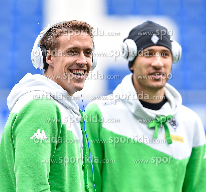 04.04.2015, Rhein Neckar Arena, Sinsheim, GER, 1. FBL, TSG 1899 Hoffenheim vs Borussia Moenchengladbach, 27. Runde, im Bild vor dem Spiel Fabian Johnson Borussia Moenchengladbach (rechts) und Max Kruse Borussia Moenchengladbach (links) freundlich laecheln laechelt laechelnd gute Laune // during the German Bundesliga 27th round match between TSG 1899 Hoffenheim and Borussia Moenchengladbach at the Rhein Neckar Arena in Sinsheim, Germany on 2015/04/04. EXPA Pictures &copy; 2015, PhotoCredit: EXPA/ Eibner-Pressefoto/ WEBER<br /> <br /> *****ATTENTION - OUT of GER*****