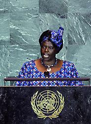 Green Belt Movement founder Wangari Muta Maathai addresses the United Nations Climate Change Summit at the UN headquarters in New York Sept. 22, 2009. (Xinhua/Shen Hong) (gxr (Credit Image: Xinhua/ZUMAPRESS.com)