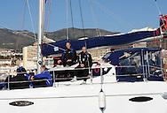 07-01-2009 Voetbal:Willem II:Trainingskamp:Torremolinos:Spanje<br /> Willem II ging vanochtend met een catamaran de open zee op in Spanje. <br /> Maikel Aerts zit te genieten in het zonnetje naast materiaalman Mari van Iersel<br /> Foto: Geert van Erven