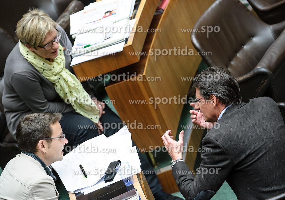 21.03.2013, Parlament, Wien, AUT, Parlament, 194. Nationalratssitzung, Sitzung des Nationalrates, im Bild v.l.n.r. Nationalratsabgeordnete BZÖ Ursula Haubner, Nationalratsabgeordneter BZÖ Gerald Grosz und Klubobmann Josef Bucher BZÖ // f.l.t.r. Member of Parliament BZOE Ursula Haubner, Member of Parliament BZOE Gerald Grosz and Leader of the parliamentary group BZOE Josef Bucher during the 194th meeting of the national assembly of austria, austrian parliament, Vienna, Austria on 2013/03/21, EXPA Pictures © 2013, PhotoCredit: EXPA/ Michael Gruber
