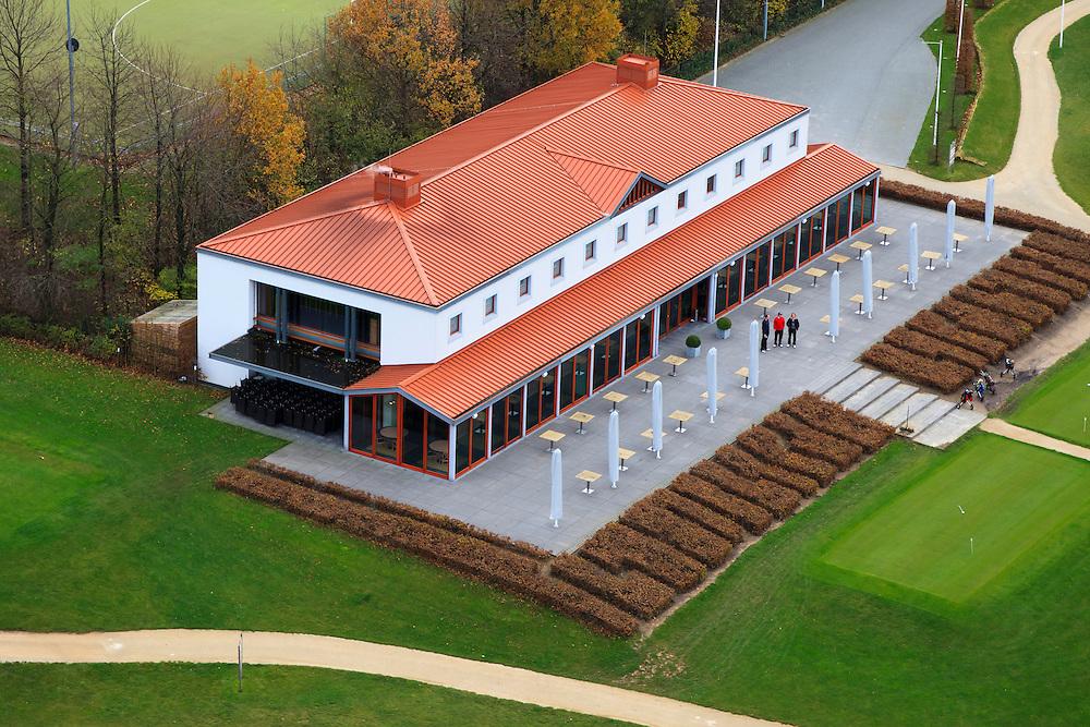 Nederland, Limburg, Gemeente Margraten, 15-11-2010; Clubhuis van Golfbaan Het Rijk van Margraten..Golf course clubhouse near Maastricht..luchtfoto (toeslag), aerial photo (additional fee required).copyright foto/photo Siebe Swart