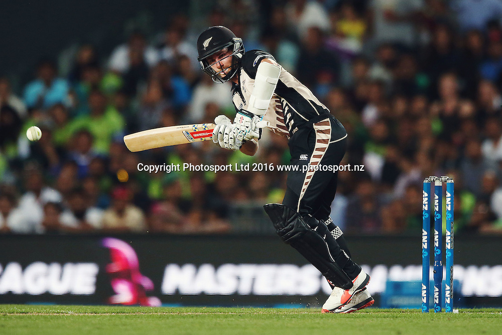 Kane Williamson of New Zealand plays a shot. ANZ International Series, Twenty-20 Match between New Zealand Back Caps and Pakistan at Eden Park in Auckland, New Zealand. 15 January 2016. Photo: Anthony Au-Yeung / www.photosport.nz
