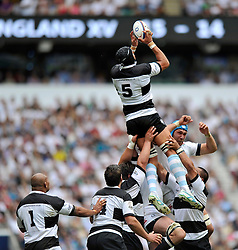 Juandre Kruger (Barbarians) claims a restart - Photo mandatory by-line: Patrick Khachfe/JMP - Tel: Mobile: 07966 386802 01/06/2014 - SPORT - RUGBY UNION - Twickenham Stadium, London - England XV v Barbarians - International Friendly.