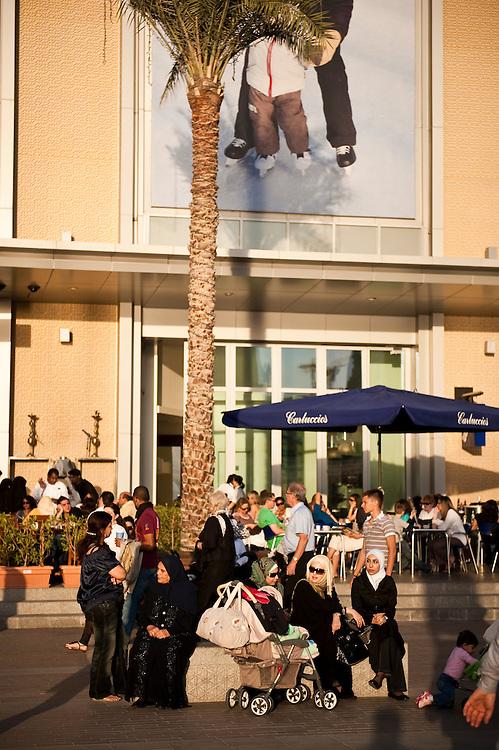 Dubai Mall, Dubai, UAE on Friday, February 12, 2010. Archive of images of Dubai by Dubai photographer Siddharth Siva