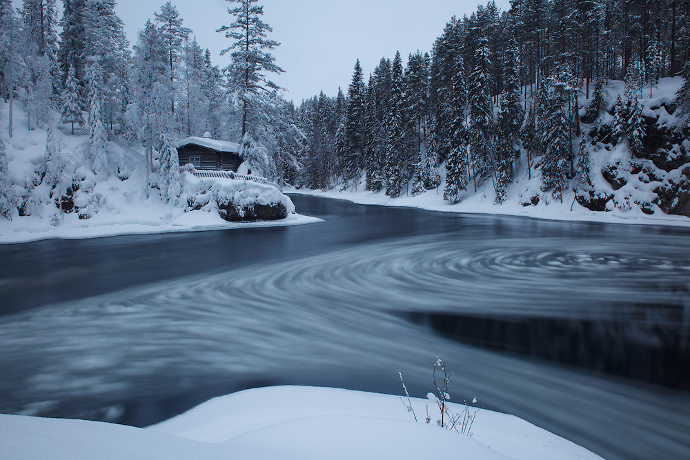 OULANKA NATIONAL PARK; KUUSAMO; KITKAJOKI; FINLAND 2009; EUROPE; WINTER