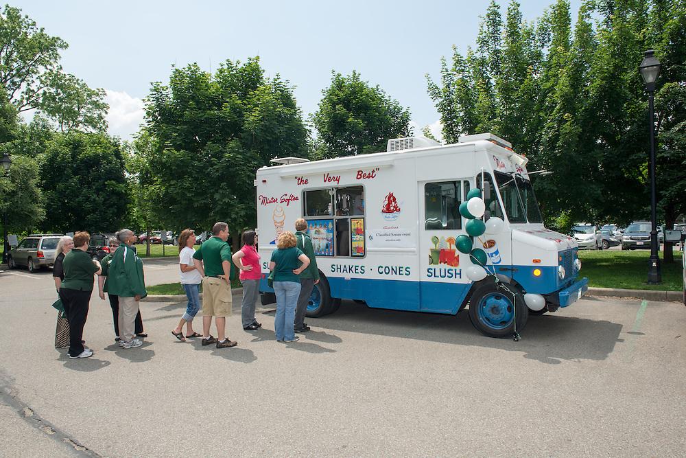The Classified Senate celebrate their 25 Anniversary with ice cream. Photo by Ben Siegel/ Ohio University