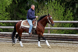Demeersman Dirk, (BEL) getting lessons in reining from Baeck Cira, (BEL)<br /> © Dirk Caremans