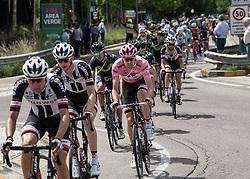 24.05.2017, Bormio, ITA, Giro d Italia 2017, 17. Etappe, Tirano nach Canazei, Val di Fassa, im Bild Tom Dumoulin (NED, Team Sunweb) // Tom Dumoulin (NED, Team Sunweb) during the 100th Giro d' Italia cycling race at Stage 17 from Tirano to Canazei, Val di Fassa, Italy on 2017/05/24. EXPA Pictures © 2017, PhotoCredit: EXPA/ R. Eisenbauer